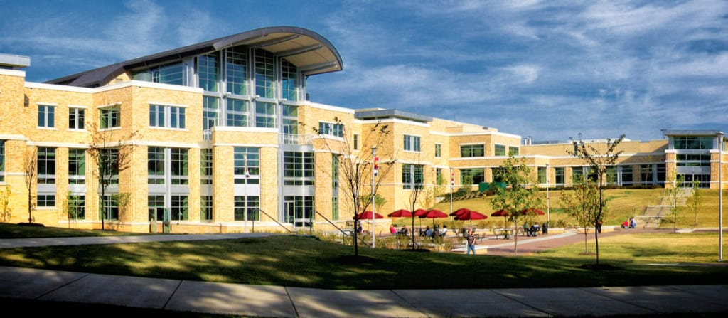 Arkansas-State-University_student_union