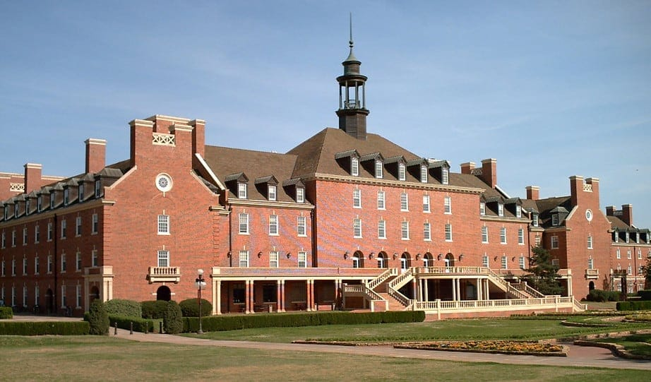 McCormick Tribune Campus Center, Illinois Institute of Technology