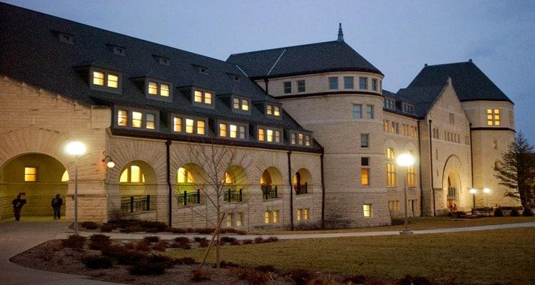 Hale_Library_Kansas_State_Univ