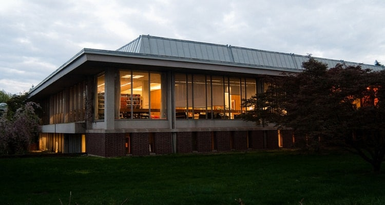 Mabel_Smith_Douglass_Library_Rutgers_Univ