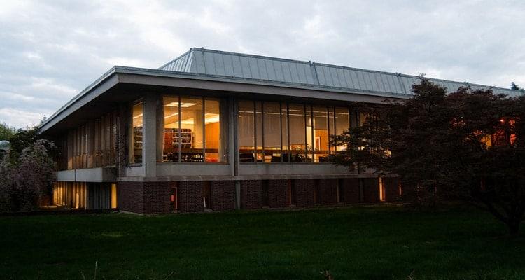 Mabel_Smith_Douglass_Library_Rutgers_Univ