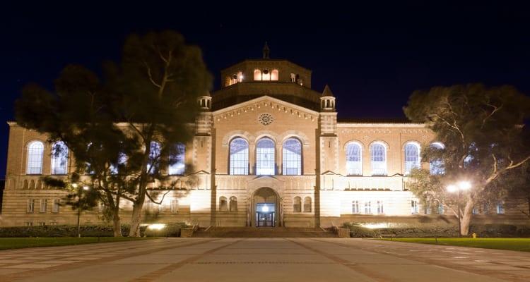 Powell_Library_Univ_California_LA