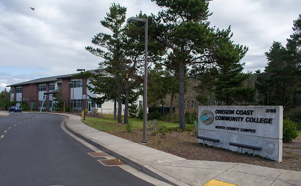 best colleges & universities in Oregon_Oregon_Coast_Community_College