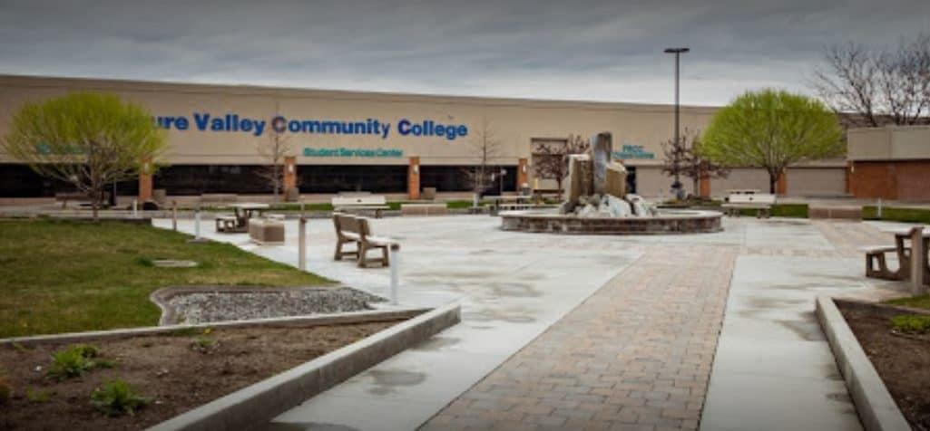 best colleges & universities in Oregon_treasure_valley_community_college