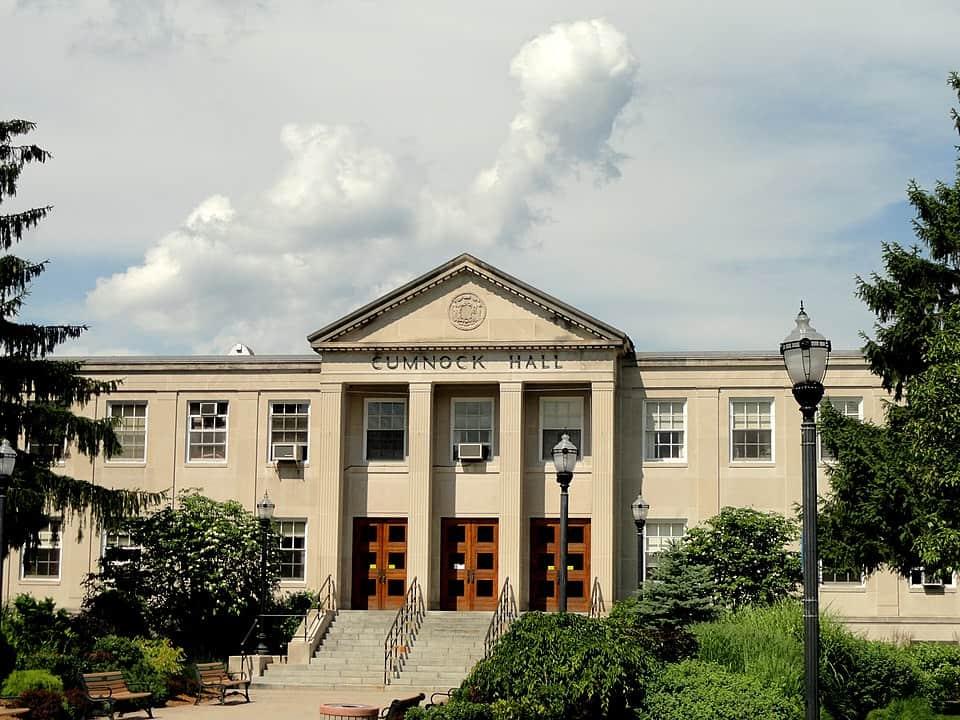 Best_Online_Bachelor's_Graphic_Design_Degree_University_of_Massachusetts_Lowell