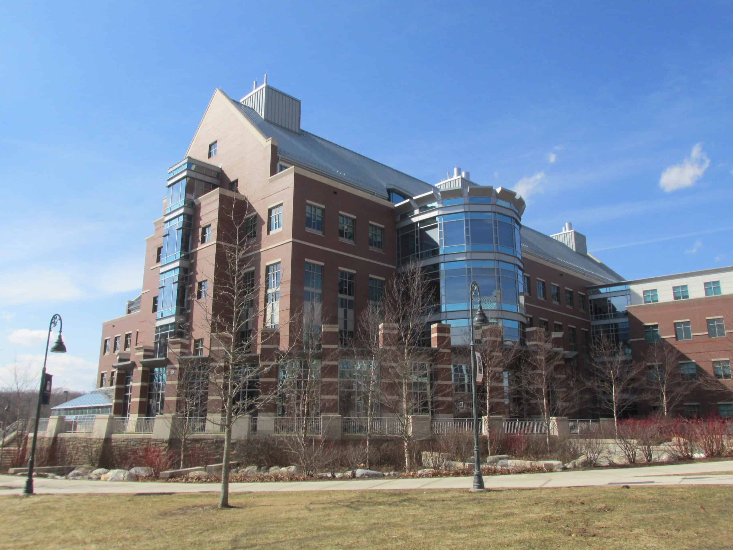 Best_Universities_Connecticut_Eastern_Connecticut_State_University
