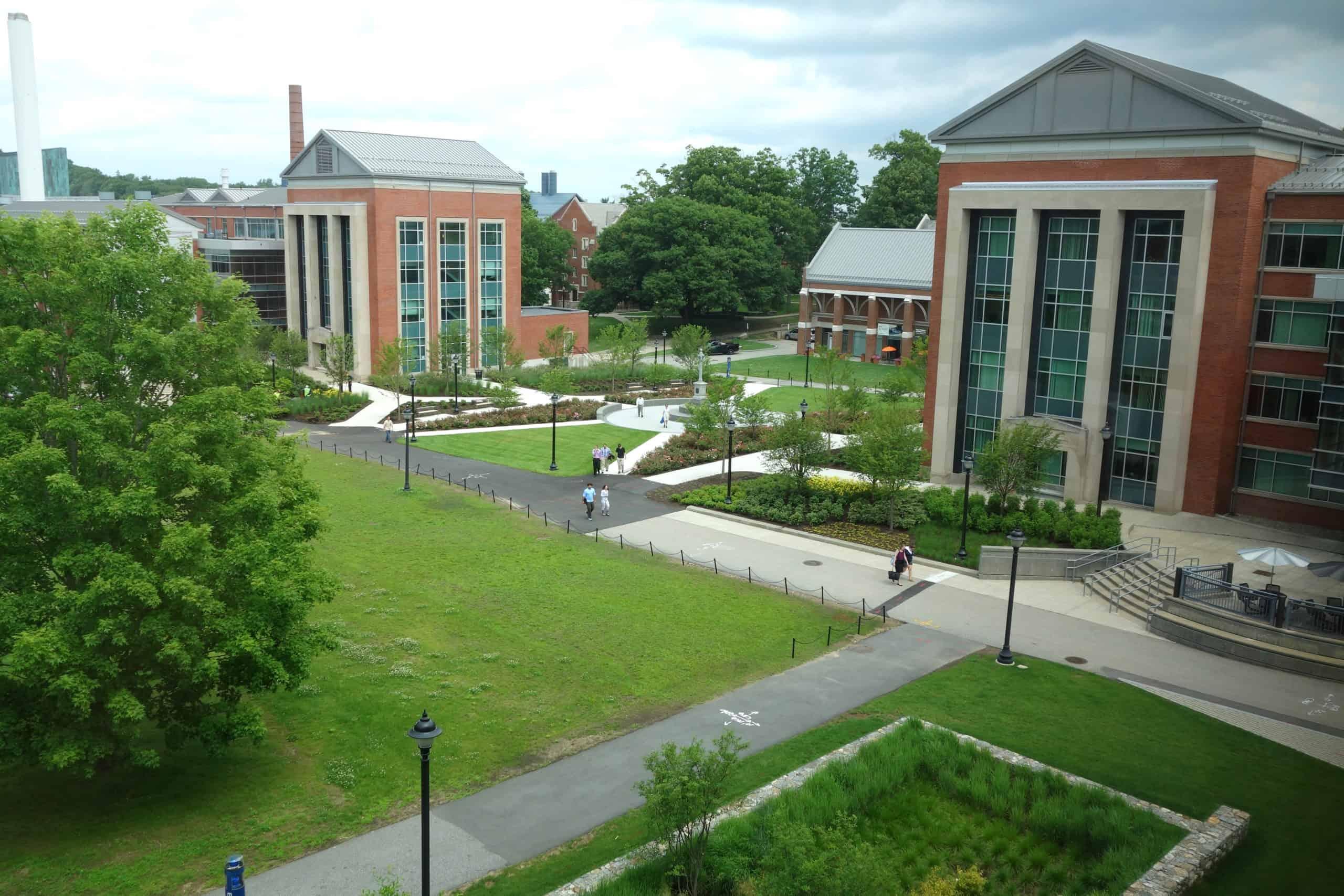 Best_Universities_Connecticut_University_of_Connecticut